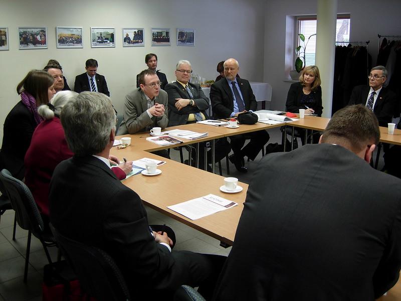 Rytų Europos studijų centre lankėsi delegacija iš Kanados