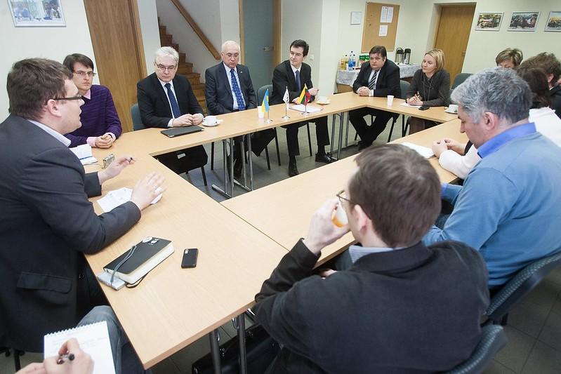 "Diskusija ""Ukraina Lietuvos pirmininkavimo ES kontekste"""