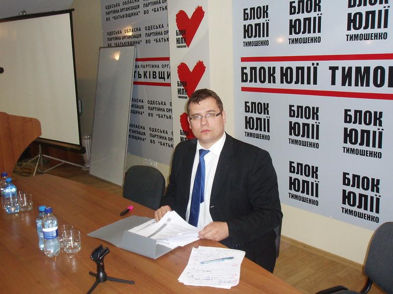 RESC analitikas Dr. L. Kasčiūnas skaitė paskaitą Odesos universitete
