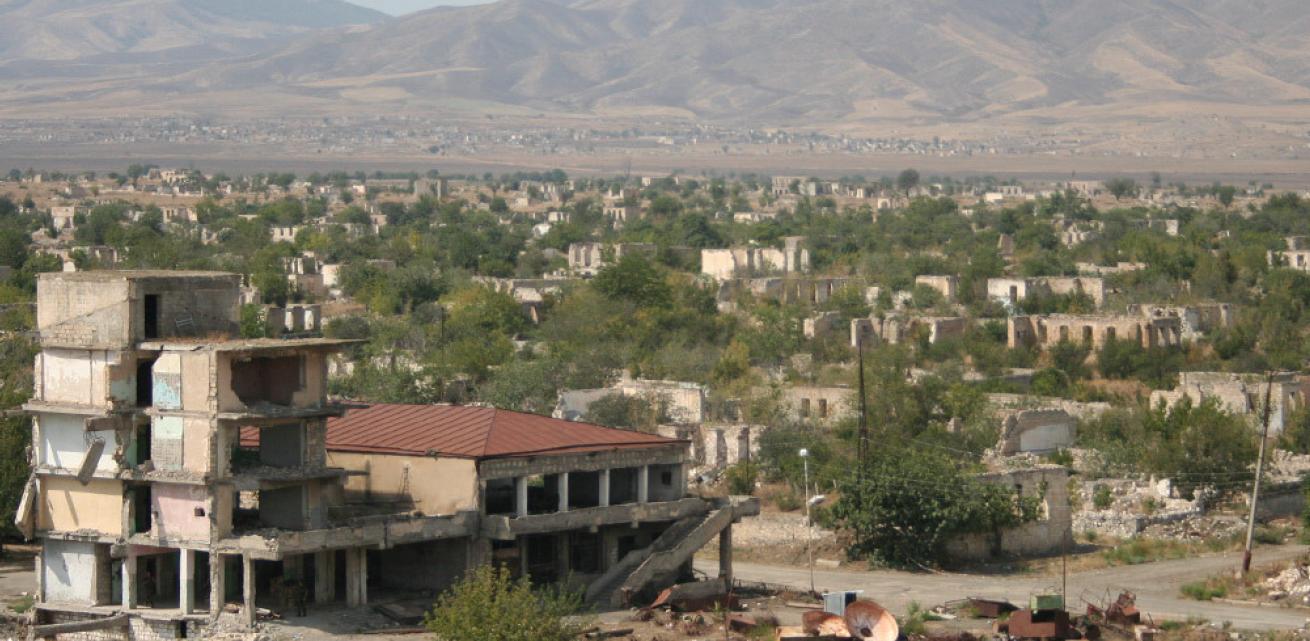 """RESC analitinė apžvalga """"Pasaulio pulsas"""" – Kalnų Karabachas: Didieji galios žaidėjai Armėnijos ir Azerbaidžano konflikte"""